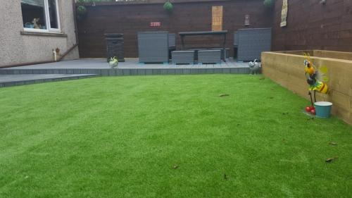 12. Artificial grass with planters