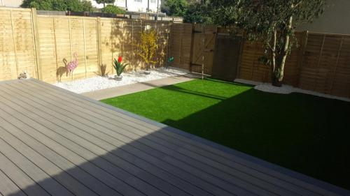 17. Artificial grass with antique deck  with Cotswold shillies