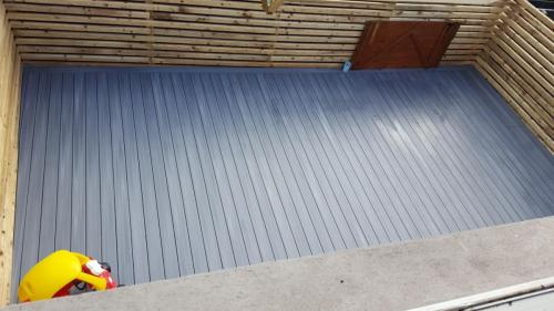 20. Light grey deck with timber screening