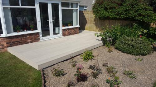 28. Limeoak Millboard composite deck