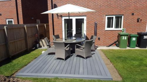 31. Light grey deck