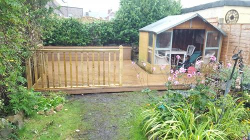 38. Teak deck with timber balustrades